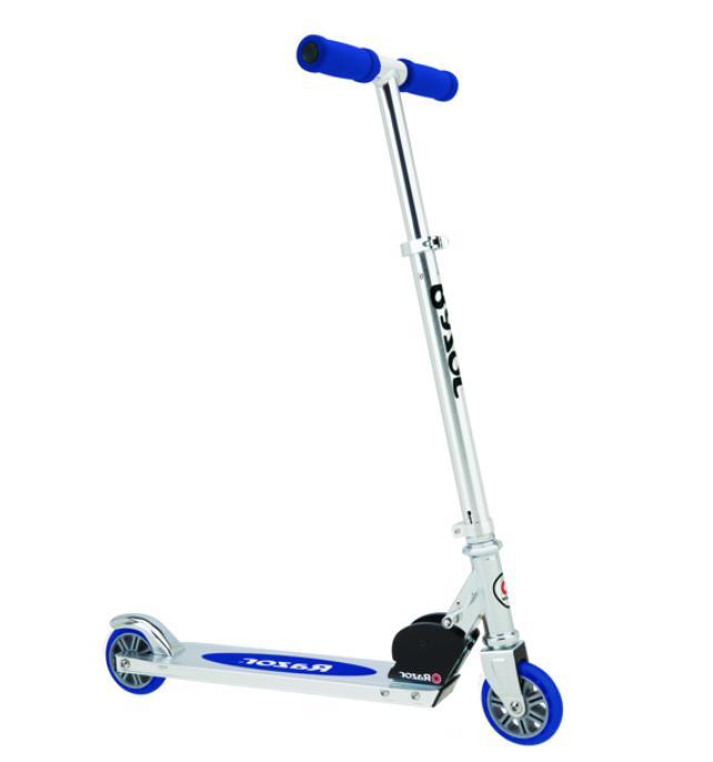 a kick scooter blue ffp