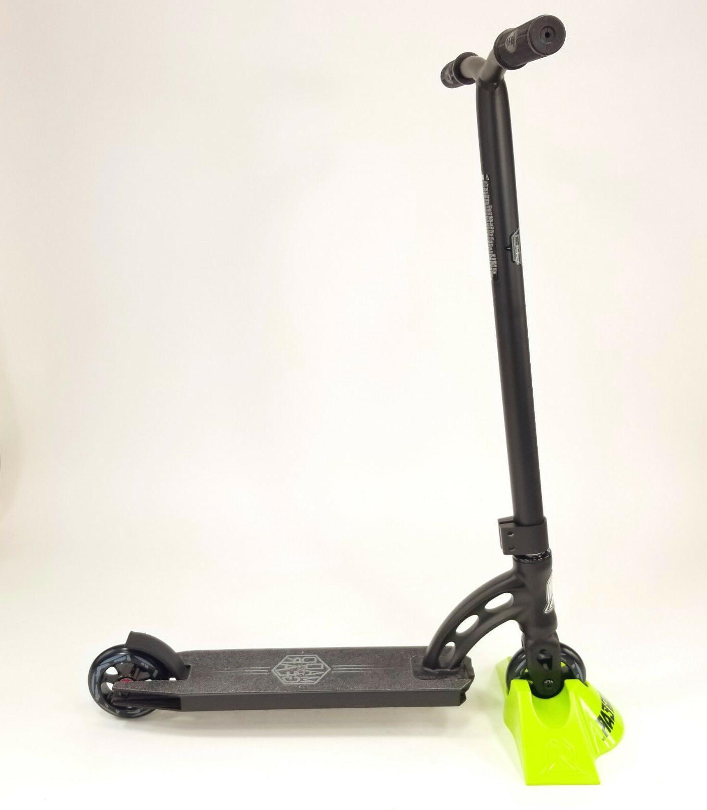 madd gear vx7 mini pro scooter black