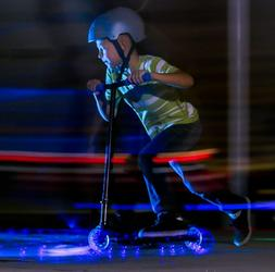 Yvolution Neon Vector Blue LED Light Up Scooter Foldable Kid