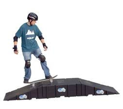 Landwave Skateboard Starter Kit with 2 Ramps and 1 Deck